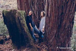 Redwood grove portrait mom and daughter