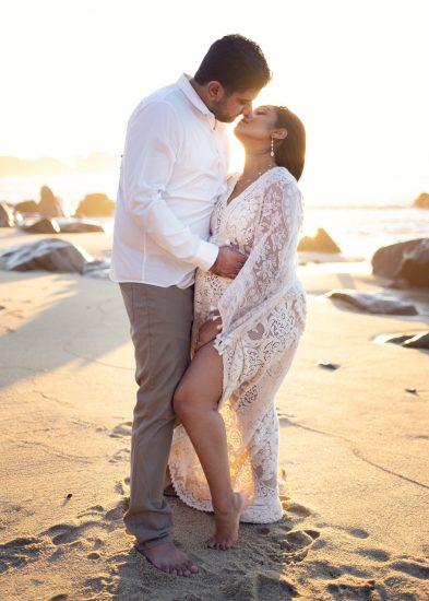 Pregnant couple in Big Sur
