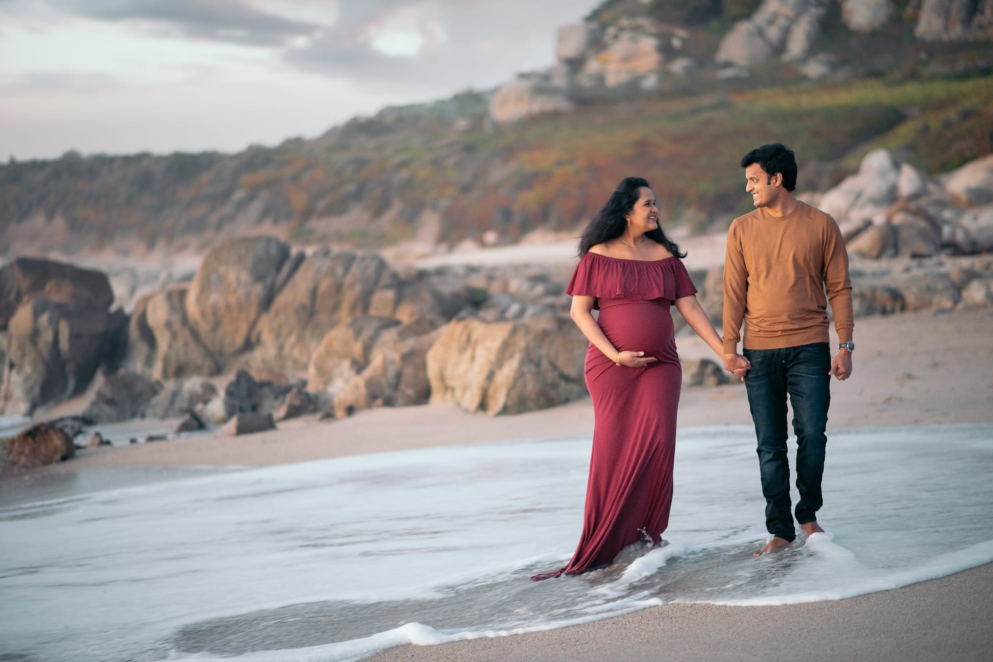sunset maternity photo in Carmel, CA